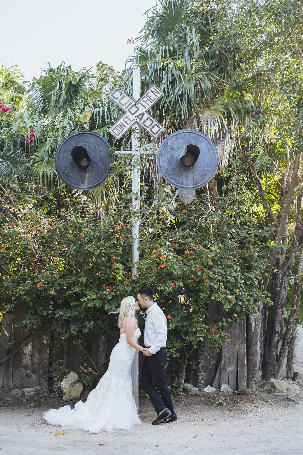 This Moody And Eclectic Wedding At The Historical Dupont Building In Miami Florida Is Sure